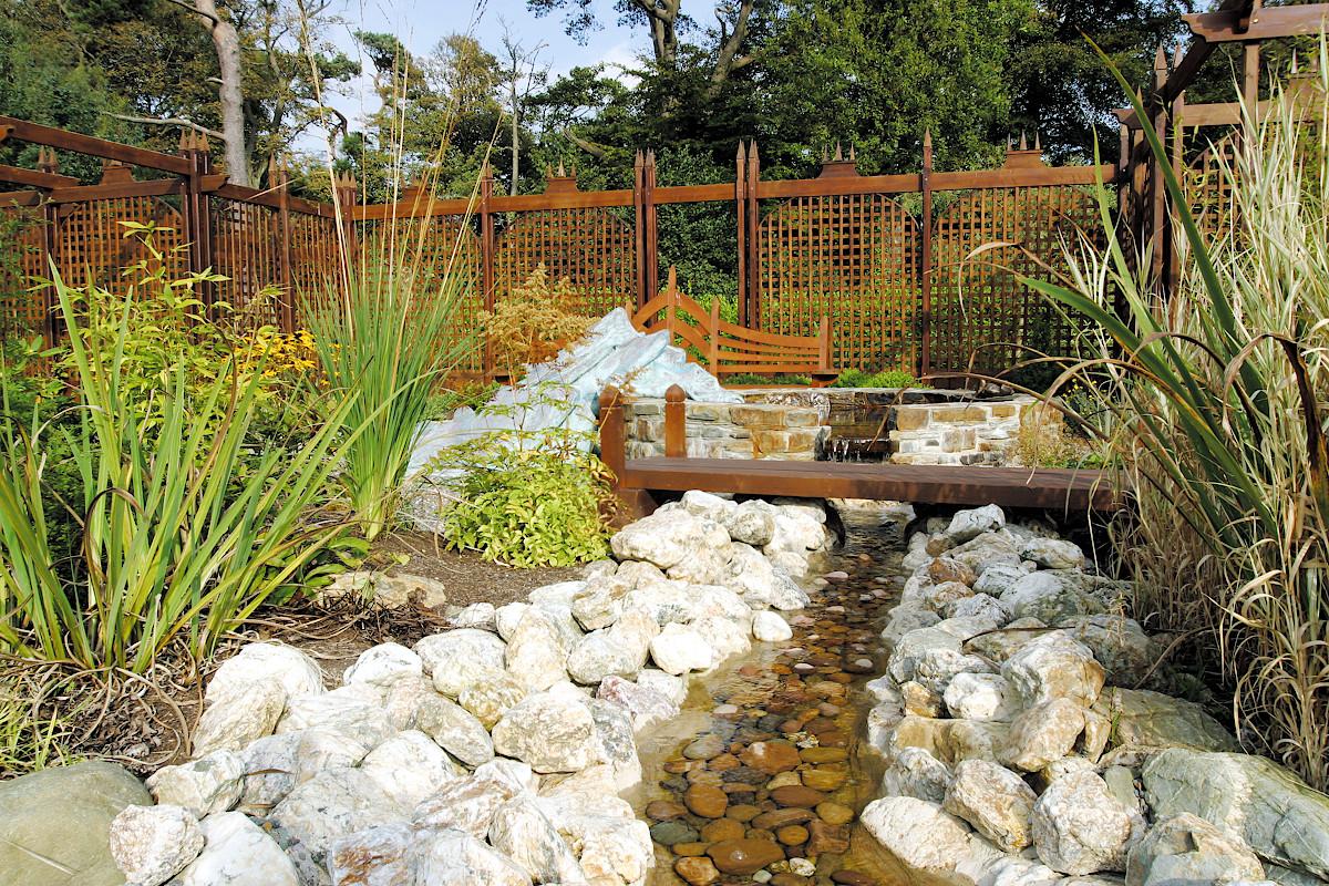 Beaufield House garden water feature