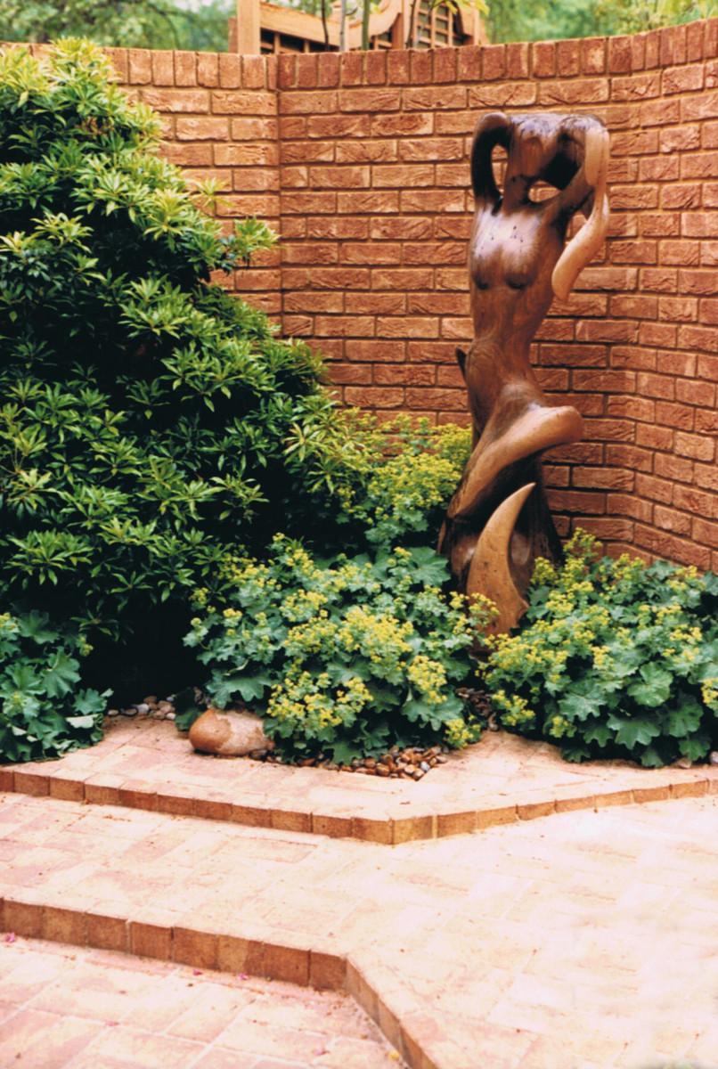 Chelsea 1987 oriental garden sculpture